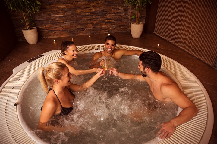 Best-Inflatable-Hot-Tubs